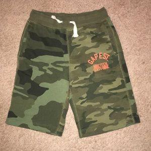 Gap Boys size 8 shorts EUC